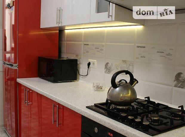 двухкомнатная квартира в Киеве, район Борщаговка, на Боголюбова 38, в аренду на короткий срок посуточно фото 1