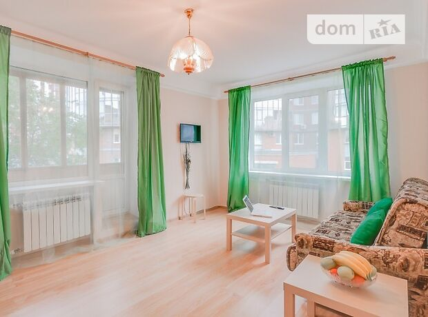 двухкомнатная квартира в Киеве, район Дарницкий, на ул. Бориса Гмыри в аренду на короткий срок посуточно фото 1