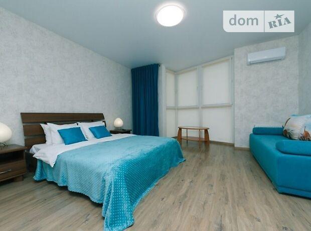 однокомнатная квартира в Киеве, район Дарницкий, на ул. Драгоманова в аренду на короткий срок посуточно фото 1