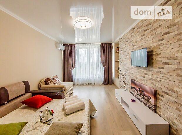 однокомнатная квартира в Киеве, район Днепровский, на Генерала Жмаченко улица 16, кв. 116, в аренду на короткий срок посуточно фото 1