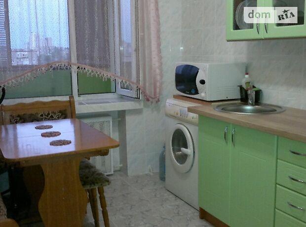 однокомнатная квартира в Киеве, район Голосеевский, на Проспект Голосеевский 15, в аренду на короткий срок посуточно фото 1