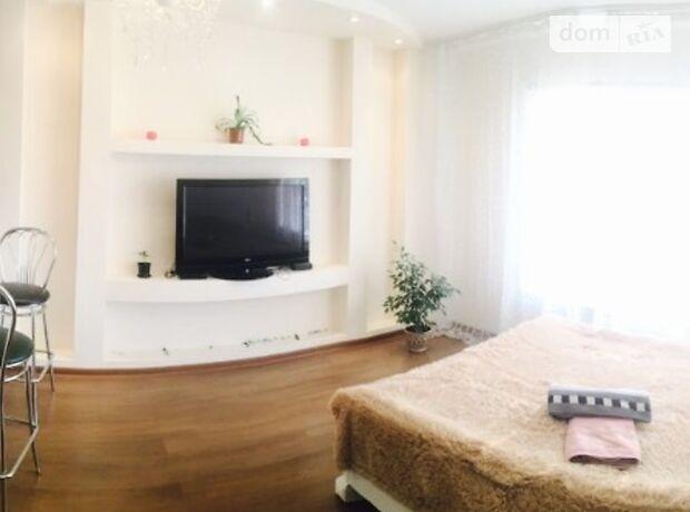 однокомнатная квартира в Киеве, район Оболонский, на наб. Оболонская 1 в аренду на короткий срок посуточно фото 1