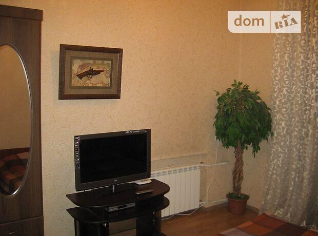двухкомнатная квартира в Киеве, район Печерский, на ул. Большая Васильковская 67/7 в аренду на короткий срок посуточно фото 1