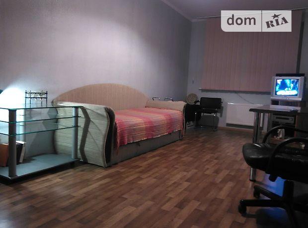 однокомнатная квартира в Киеве, район Подольский, на ул. Наталии Ужвий 12, в аренду на короткий срок посуточно фото 1