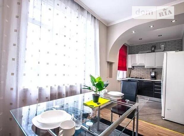 двухкомнатная квартира в Киеве, район Соломенский, на проспект Победы 45, в аренду на короткий срок посуточно фото 1