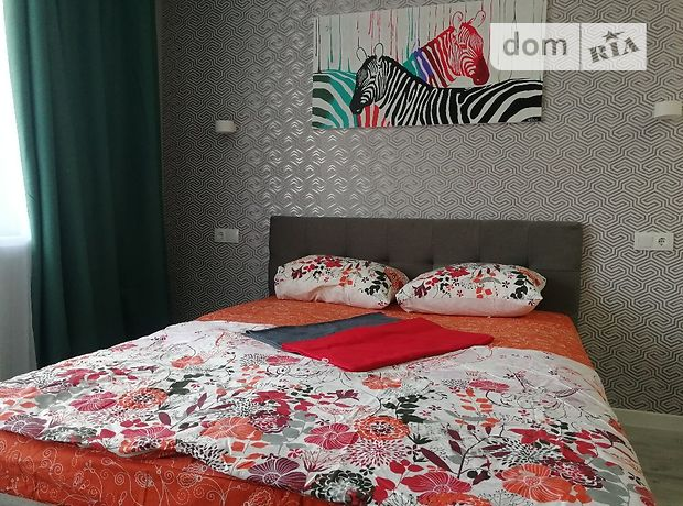 однокомнатная квартира в Киеве, район Святошинский, на ул. Обуховская 137, в аренду на короткий срок посуточно фото 1