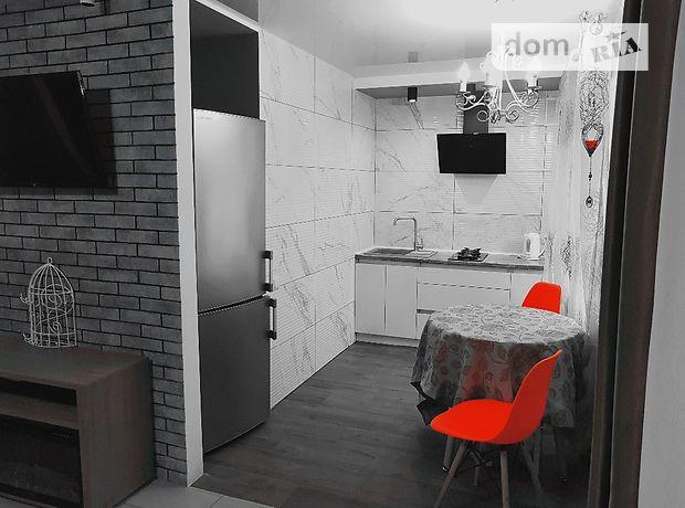 однокомнатная квартира в Кропивницком, район Крытый рынок, на академика Тамма 7, в аренду на короткий срок посуточно фото 1