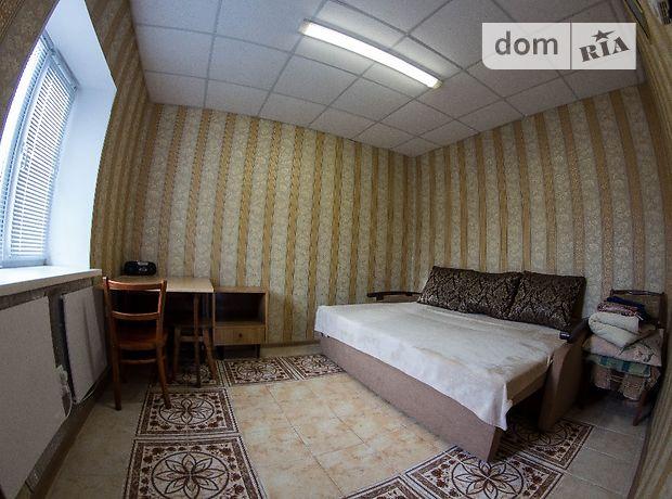 однокомнатная квартира в Кировограде, район Центр, на Дворцовая 10, в аренду на короткий срок посуточно фото 1