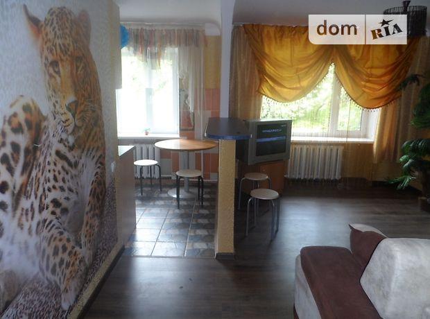 двокімнатна квартира в Кіровограді, район Центр, на Архитектора Паученко 65, в оренду на короткий термін подобово фото 1