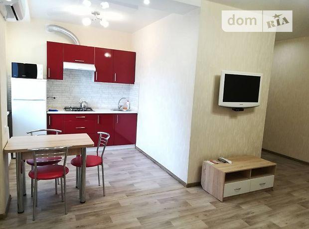 двухкомнатная квартира в Краматорске, район Краматорск, на Социалистическая 35, в аренду на короткий срок посуточно фото 1