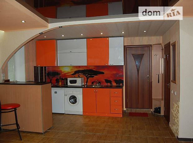 однокомнатная квартира в Луганске, район ГБК, на Курчатова улица 9 в аренду на короткий срок посуточно фото 1