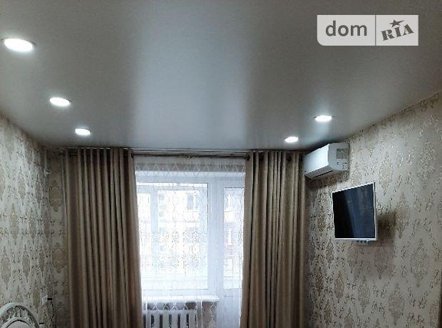однокомнатная квартира в Мелитополе, район Жилмассив (Богдана), на Хмельницкого Б 58 в аренду на короткий срок посуточно фото 1
