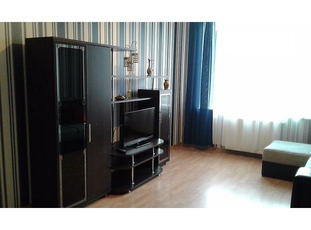 Аренда посуточная квартиры, 3 ком., Закарпатская, Мукачево, р‑н.Мукачево, Паркания 2