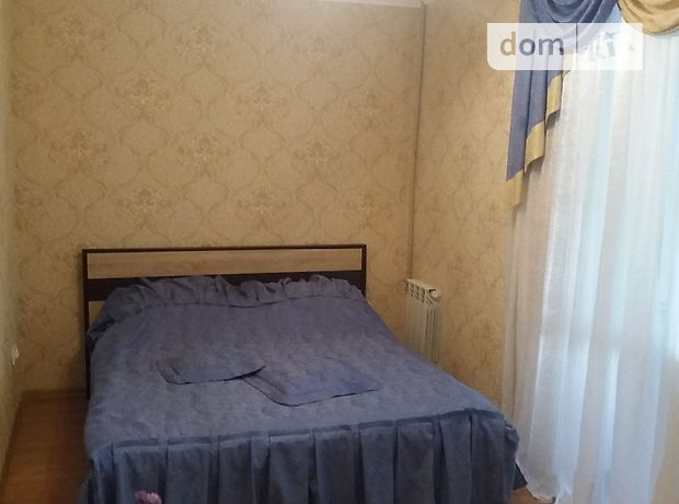 двухкомнатная квартира в Николаеве, район Соляные, на проспект Героев Украины 63, в аренду на короткий срок посуточно фото 1