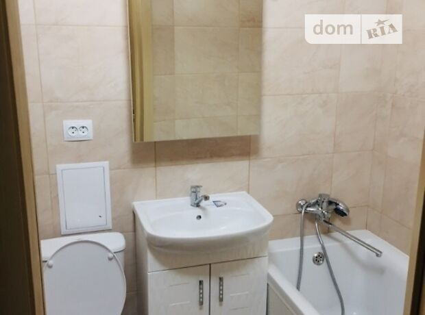 двухкомнатная квартира в Одессе, район Большой Фонтан, на ул. Сегедская в аренду на короткий срок посуточно фото 1