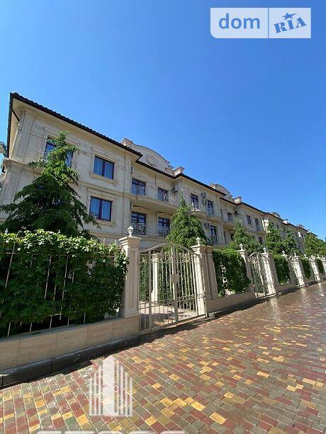 четырехкомнатная квартира в Одессе, район Большой Фонтан, на дорога Фонтанская в аренду на короткий срок посуточно фото 1
