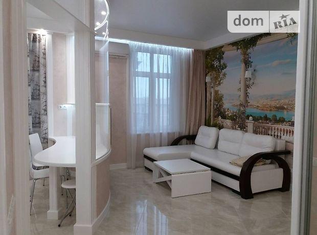 однокомнатная квартира в Одессе, район Фонтанка, на парк Греческая 2, в аренду на короткий срок посуточно фото 1