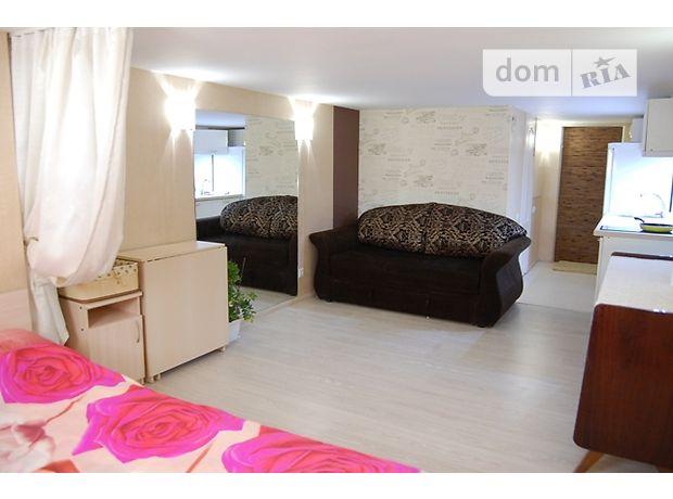 однокомнатная квартира в Одессе, район Киевский, на мас. Радужный в аренду на короткий срок посуточно фото 1