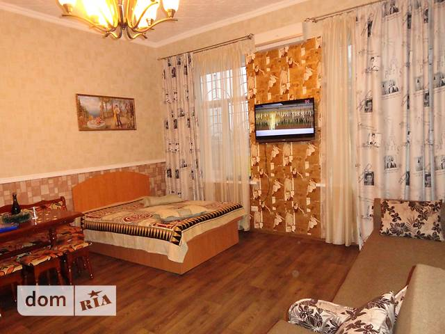однокомнатная квартира в Одессе, район Пересыпь, на ул. Черноморского казачества в аренду на короткий срок посуточно фото 1