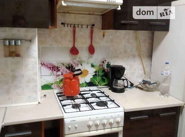 двухкомнатная квартира в Одессе, район Поселок Котовского, на ул. Академика Заболотного в аренду на короткий срок посуточно фото 1