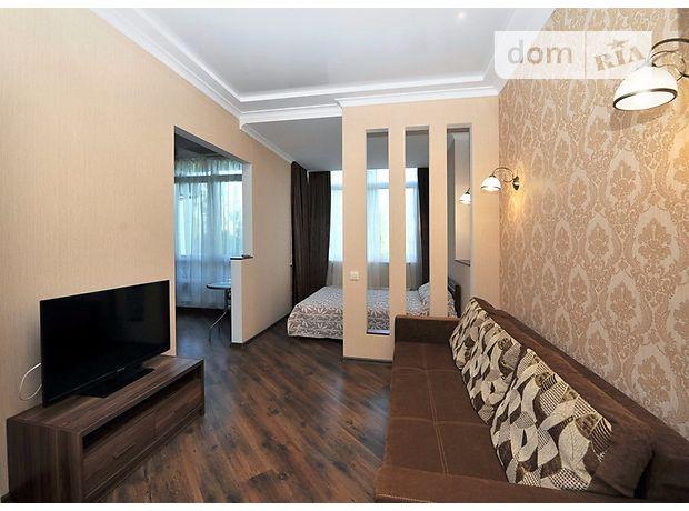 однокомнатная квартира в Одессе, район Приморский, на бул. Французский в аренду на короткий срок посуточно фото 1