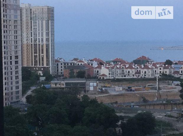 однокомнатная квартира в Одессе, район Приморский, на ул. Генуэзская 1, в аренду на короткий срок посуточно фото 1