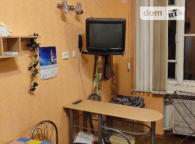 однокомнатная квартира в Одессе, район Приморский, на ул. Пироговская 3, в аренду на короткий срок посуточно фото 1
