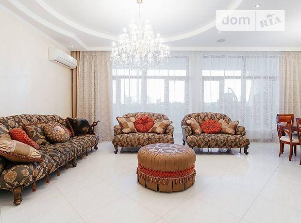 трехкомнатная квартира в Одессе, район Приморский, на Гагаринское плато 5/3, кв. 8, в аренду на короткий срок посуточно фото 1