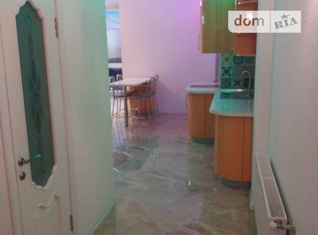 Аренда посуточная квартиры, 2 ком., Одесса, р‑н.Слободка, Гагаринское плато, дом 5