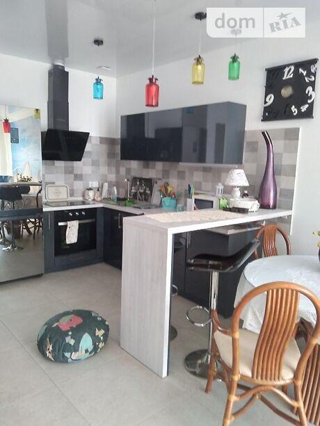 двухкомнатная квартира в Одессе, район Совиньон, на Совиньон 7 в аренду на короткий срок посуточно фото 1