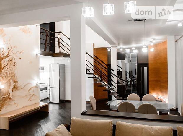 четырехкомнатная квартира в Одессе, район Центр, на ул. Карла Маркса 1 в аренду на короткий срок посуточно фото 1