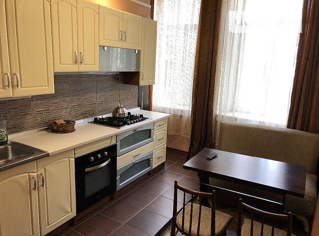 Аренда посуточная квартиры, 2 ком., Одесса, р‑н.Центр, Коблевская улица, дом 38