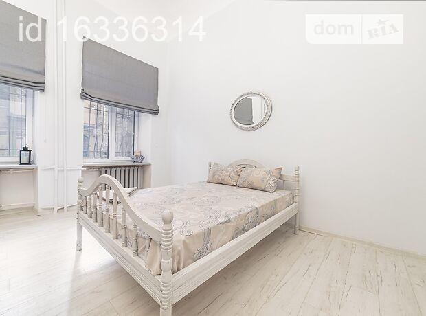 однокомнатная квартира в Одессе, район Центр, на ул. Ланжероновская 26, в аренду на короткий срок посуточно фото 1