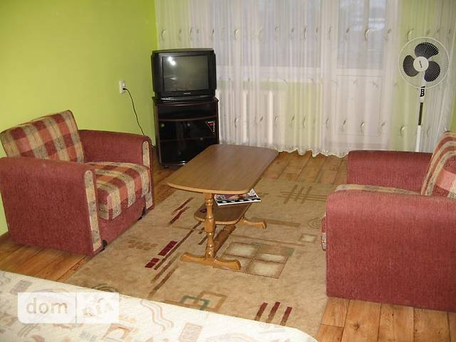 однокомнатная квартира в Ровно, на ул. Гагарина в аренду на короткий срок посуточно фото 1