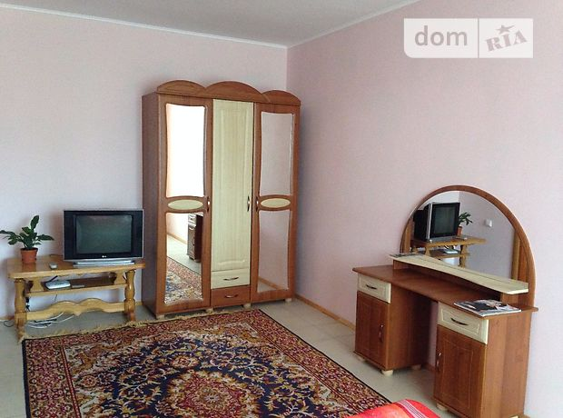 Аренда посуточная квартиры, 1 ком., Ровно, Млинівська 29 А