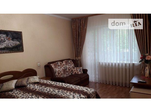 однокомнатная квартира в Симферополе, на 60лет Октября, 7-я гор. больница в аренду на короткий срок посуточно фото 1