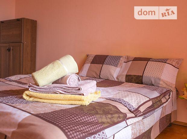 двухкомнатная квартира в Тернополе, район Восточный, на ул. Глиняная 1, в аренду на короткий срок посуточно фото 1