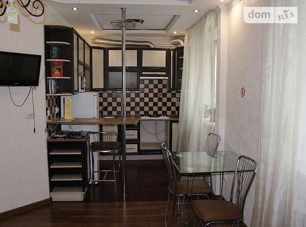 двухкомнатная квартира в Виннице, район Вишенка, на просп. Космонавтов в аренду на короткий срок посуточно фото 1