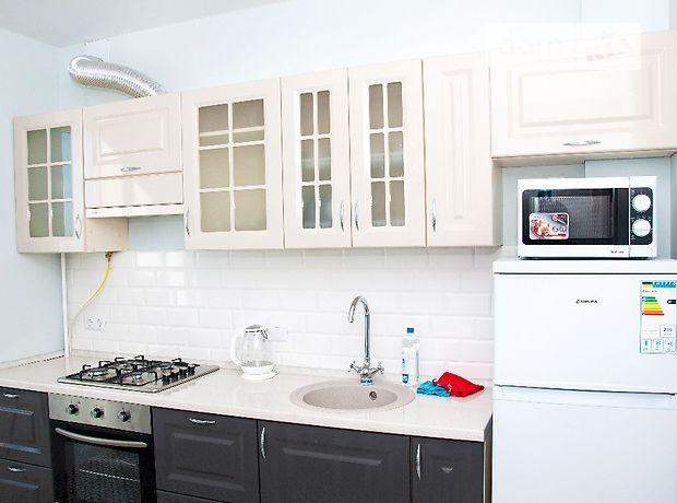двухкомнатная квартира в Южному, район Южный, на Приморская 5, в аренду на короткий срок посуточно фото 1