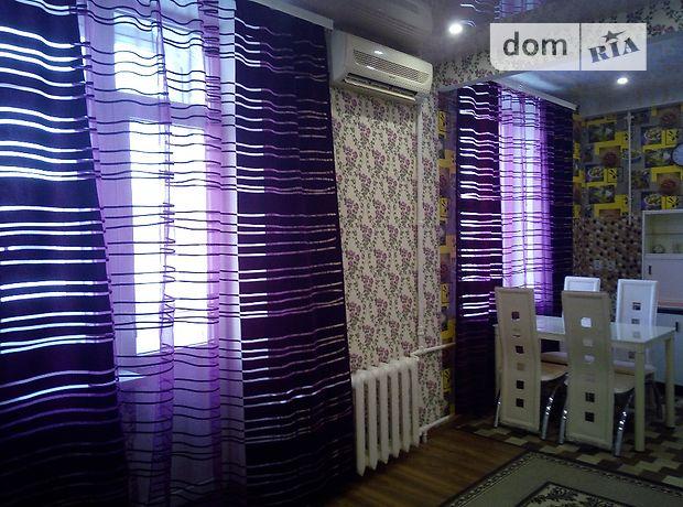 двокімнатна квартира в Запоріжжі, район Вознесенівський (Орджонікідзевський), на вул. 12 Квітня 5, в оренду на короткий термін подобово фото 1