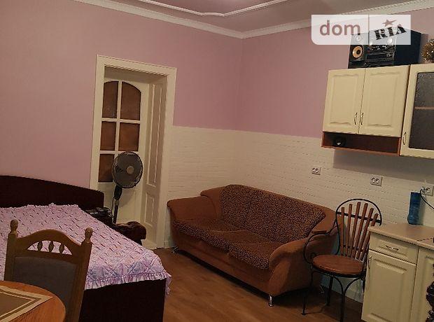 одноэтажный дом с ремонтом, 55 кв. м, кирпич. Сдается помесячно в Берегове, в районе Берегово фото 1