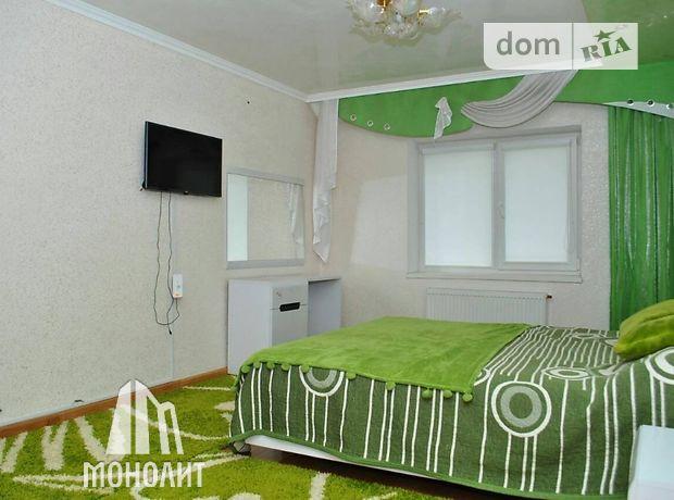 двухэтажный таунхаус, 220 кв. м, кирпич. Сдается помесячно в Хмельницком, в районе Дивокрай фото 1