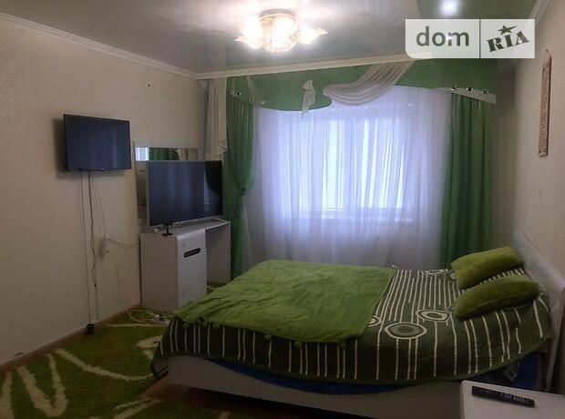 двухэтажный таунхаус с камином, 220 кв. м, кирпич. Сдается помесячно в Хмельницком, в районе Озёрный фото 1