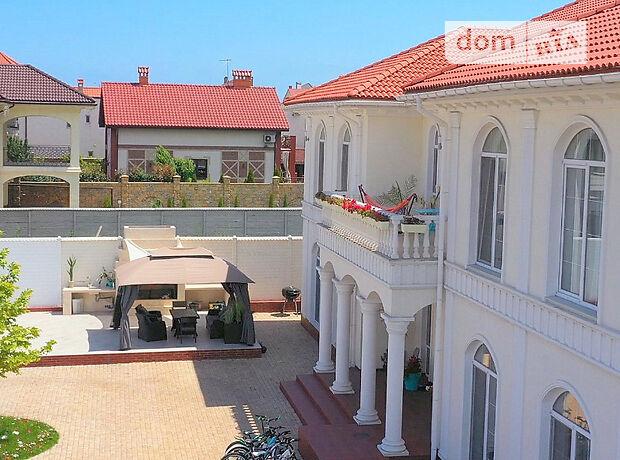 трипроверховий будинок з балконом, 700 кв. м, цегла. Здається помісячно в Одесі, в районі Совіньйон фото 1