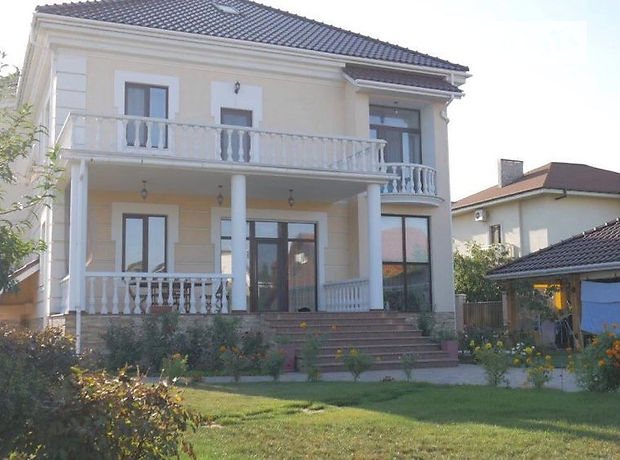 двопроверховий будинок, 450 кв. м, цегла. Здається помісячно в Одесі, в районі Совіньйон фото 1