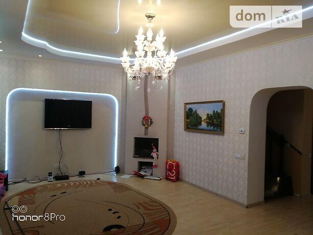 двухэтажный дом с камином, 200 кв. м, кирпич. Сдается помесячно в Славянске, в районе Славянск фото 1