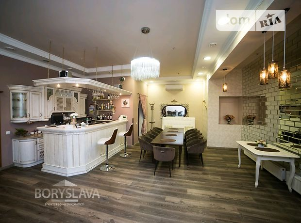 Бар, кафе, ресторан в Ровно, сдам в аренду по Мицкевича улица, район Центр, цена: договорная за объект фото 1