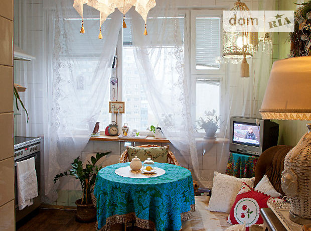Долгосрочная аренда комнаты, Киев, р‑н.Троещина, ст.м.Петровка, Викентия Беретти улица6а