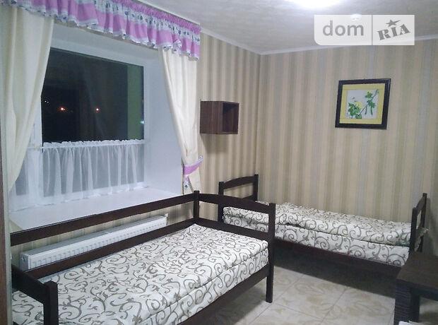Кімната без господарів в Луцьку, район Красне Червоного Хреста вулиця 16а, помісячно фото 1
