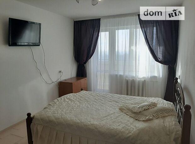 двухкомнатная квартира с мебелью в Черкассах, район к-т Мир, на ул. Петровского 187, в аренду на долгий срок помесячно фото 1